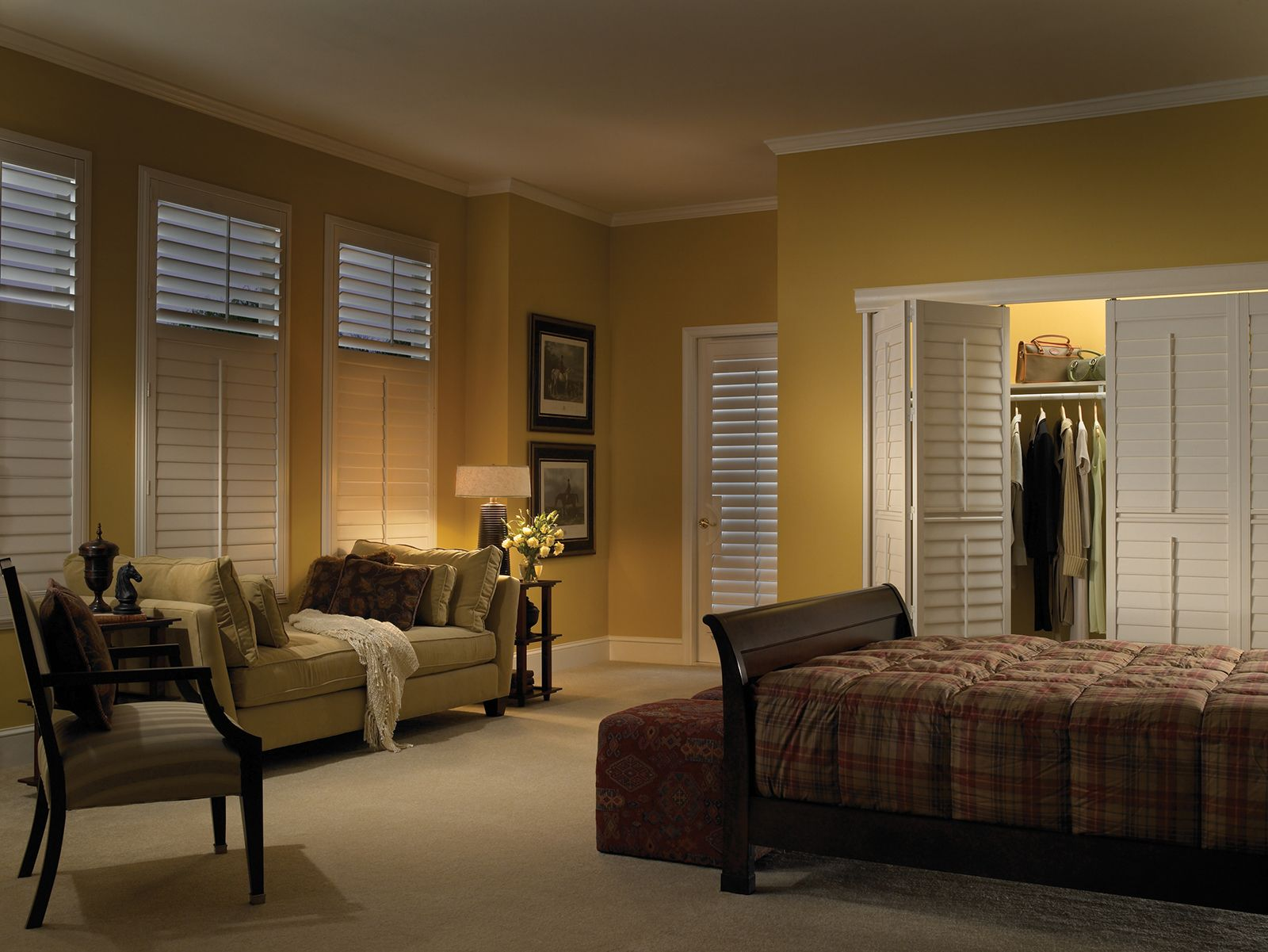 Pearl • Bi-fold closet doors with Deluxe Divider Rail • French Door Cut-out • 3½ inch louver • Trim Frame • Divider Rail • Tilt Bar