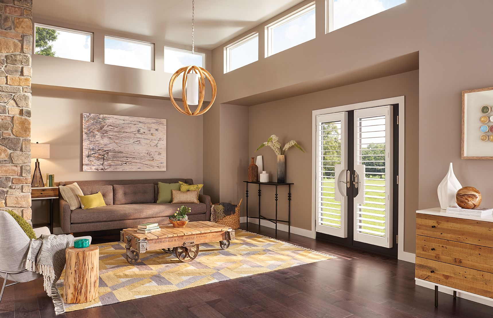 French Door Cutout in Cotton • 3 1/2 inch Louver • 4-sided L Frame • UltraClearview® hidden rear tilt